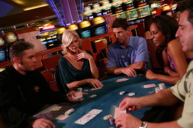 Онлайн казино және банк