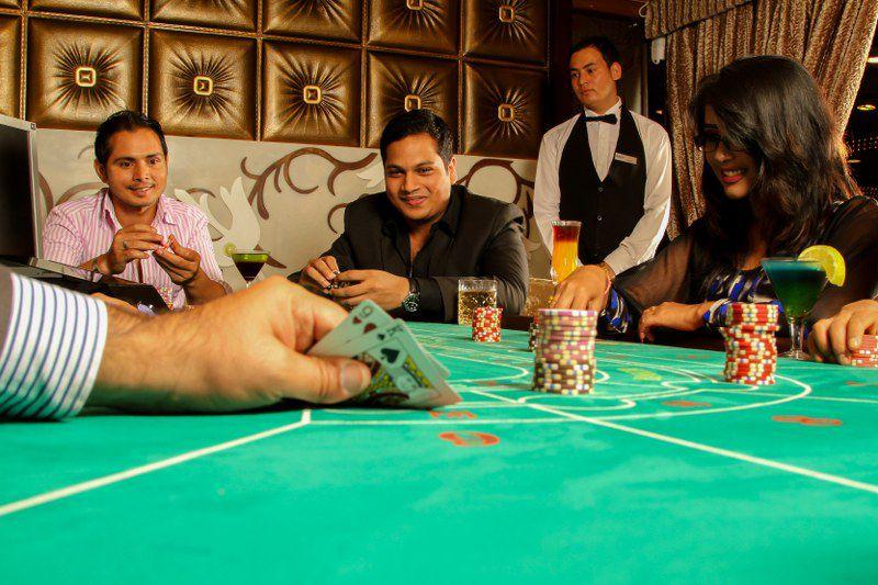 Кариб покер машинасы